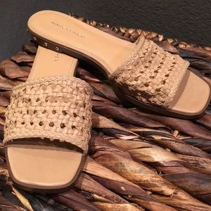New Women's Marc Fisher nude sandals